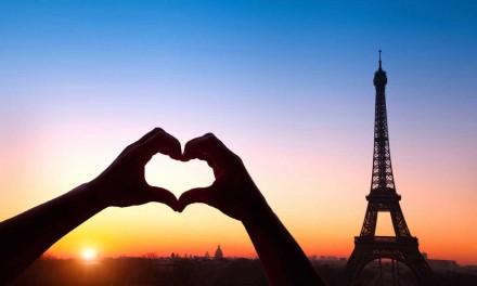 Stedentrip Parijs vroegboekkorting | De Jong Intra aanbieding bus + hotel