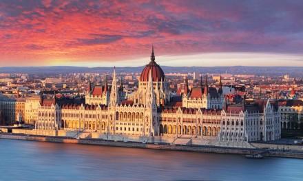 Stedentrip Boedapest kortingen   €105,- p.p. vlucht + hotel