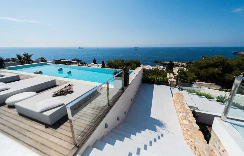 Vlieg in de zomervakantie retour naar Ibiza voor €78,- |  OP = OP