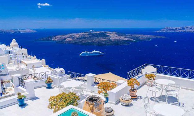 Zomervakantie Santorini deal | retour voor maar €121,- per persoon