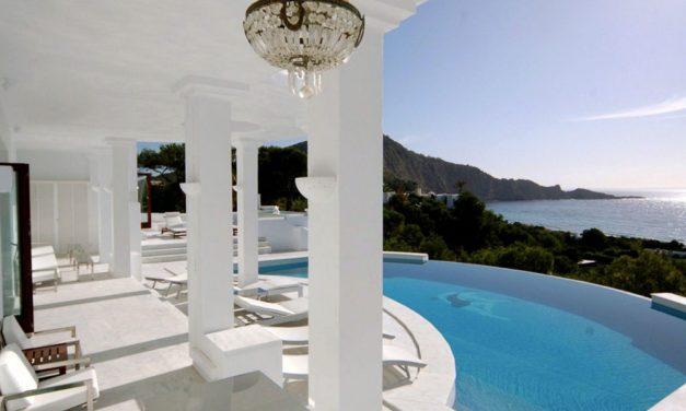Goedkope retourvluchten naar Ibiza   nu voor maar €40,- per persoon