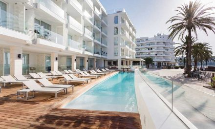 Luxe nazomeren op Ibiza | 8 dagen 4* suite €559,- per persoon