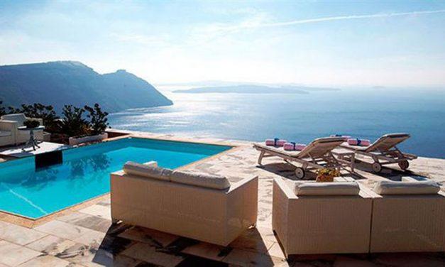 Last minute Santorini | 5* Hotel CSky met privé jacuzzi | 77% korting