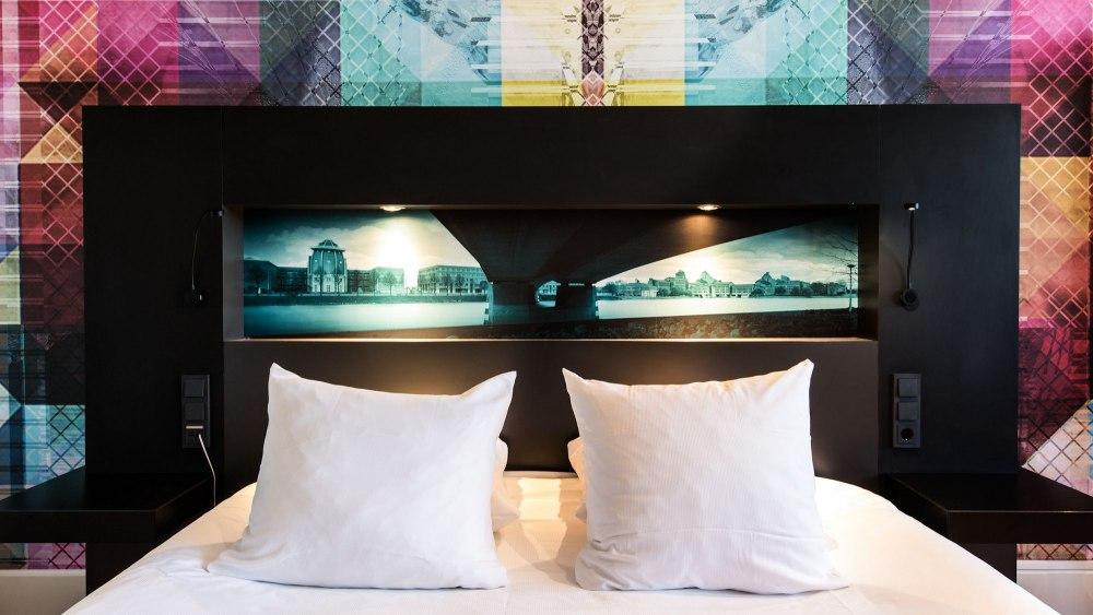 Design hotel maastricht luxe overnachting nu slechts 34 for Designhotel maastricht