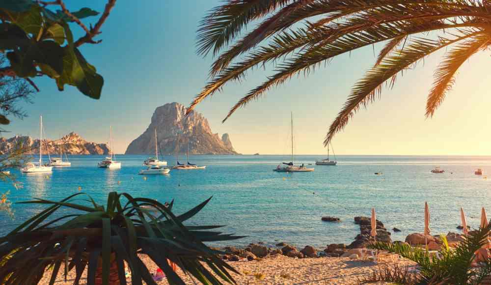 Vliegtickets Ibiza in de zomervakantie | Retour v/a €67,- p.p.