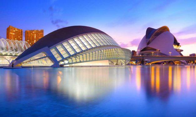 4 dagen Valencia in de zomervakantie €285,- | Dakterras met zwembad