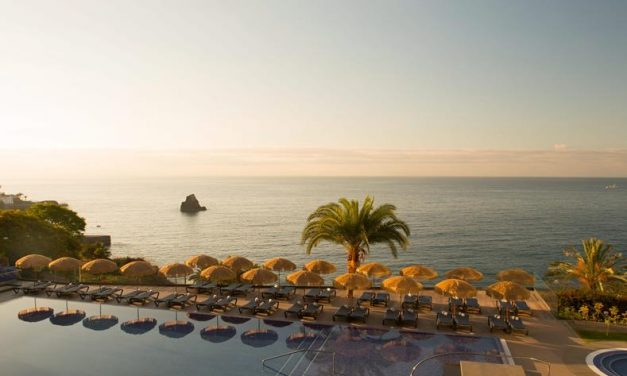 Next stop: pretty Madeira | Last minute in 4* hotel mét ontbijt €386,-