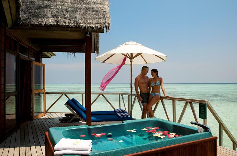 4* luxe Malediven   All inclusive Meeru Island Resort & Spa (9,7/10)