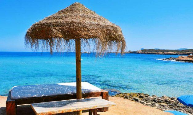 Zomervakantie Ibiza | incl. ontbijt + diner voor €620,- per persoon