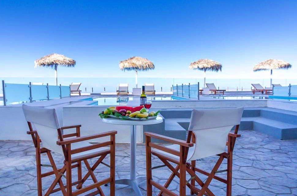 Op en top luxe op Santorini | 5* resort mét dagelijks ontbijt €647,- p.p.