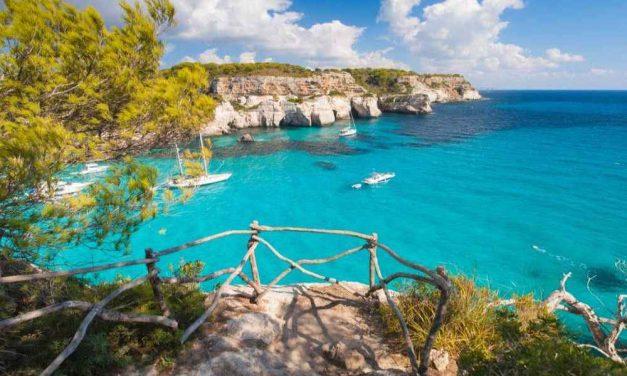 Must visit: Menorca | Vluchten, 8-daags verblijf & ontbijt voor €185,-