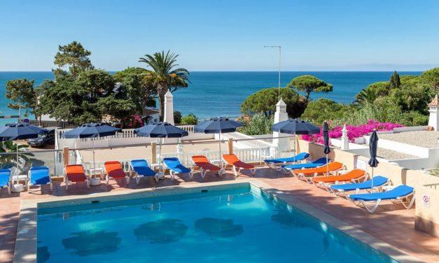 BIZAR! 36-daagse vakantie Algarve   incl. vlucht + transfer €594,-