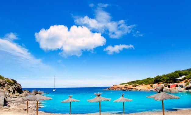 Last minute Ibiza mét ontbijt & diner €409,- p.p. | Vertrek in augustus