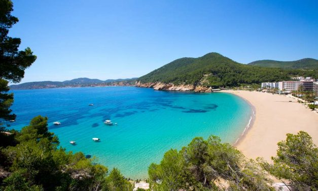 Next stop: bruisend Ibiza   8 dagen all inclusive nu maar €384,-