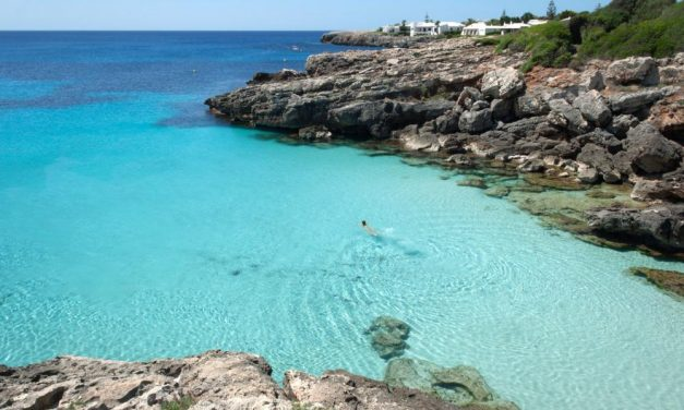 Goedkope retourtjes Menorca | zomervakantie €99,- per persoon