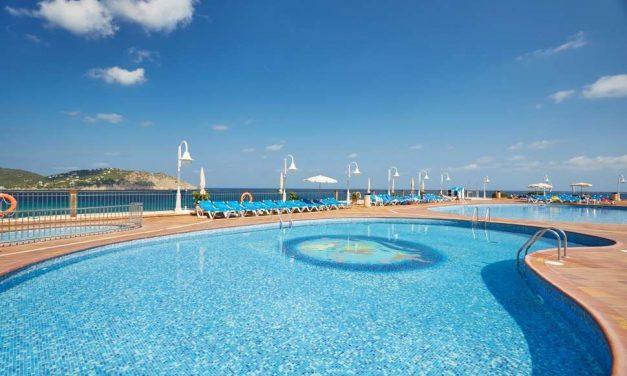 We love Ibiza! | 8 dagen incl. ontbijt & diner voor maar €580,- p.p.