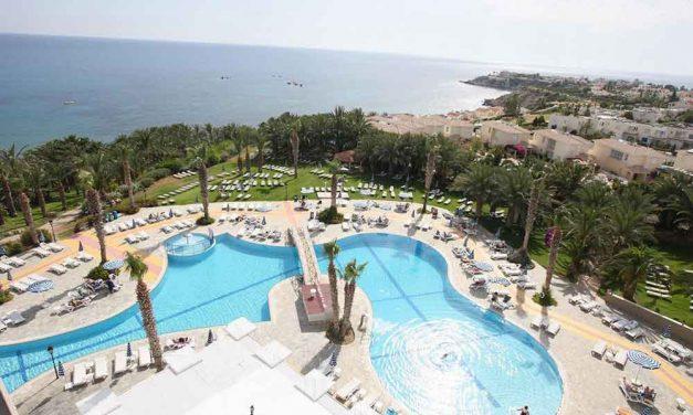Sunweb weekenddeal: Zomers Cyprus   all inclusive verblijf €439,-
