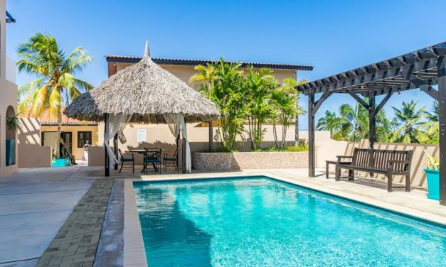 4* Adults only Curacao €649,- per persoon   Vertrek in maart