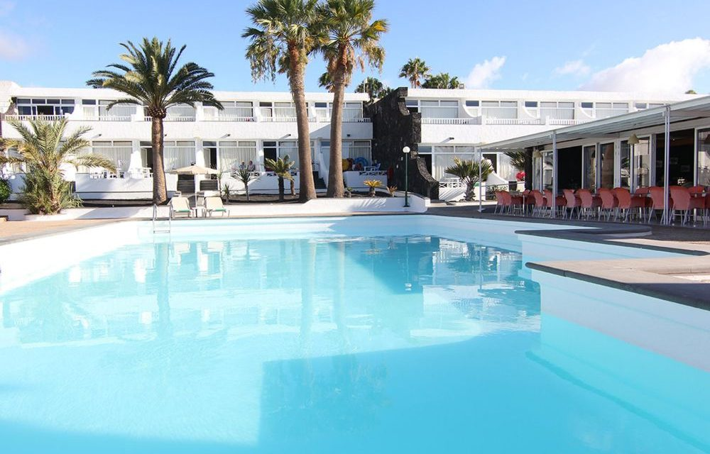 8 dagen Lanzarote in maart = €319,-   incl. vluchten, transfers & verblijf