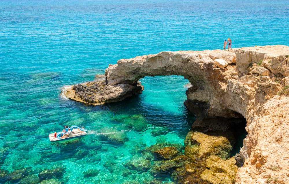 Zomervakantie vieren op cyprus | vlucht, transfers & verblijf €338,-