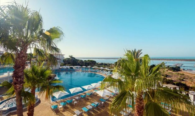 Adults only genieten @ Andalusie | 8 dagen incl. 4* halfpension €232,-