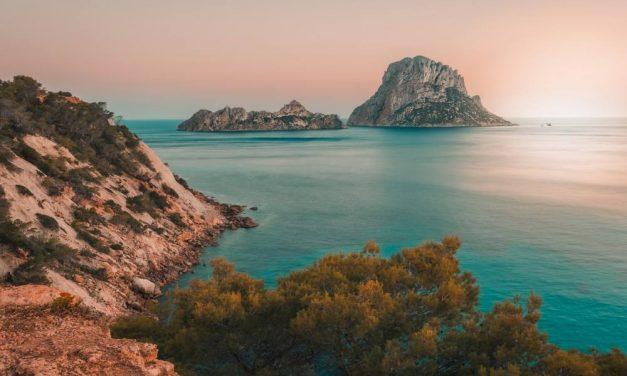 BIZAR! Retourtje Ibiza nu maar €40,- | Vertrek in de zomervakantie