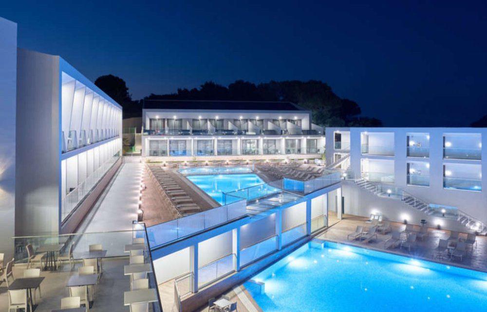 BIZAR: 4* all inclusive Zakynthos €387,- | Incl. luxe hotel (8,5/10)