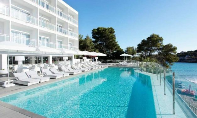 4**** deal naar 't toffe Ibiza | incl. ontbijt €318,- per persoon