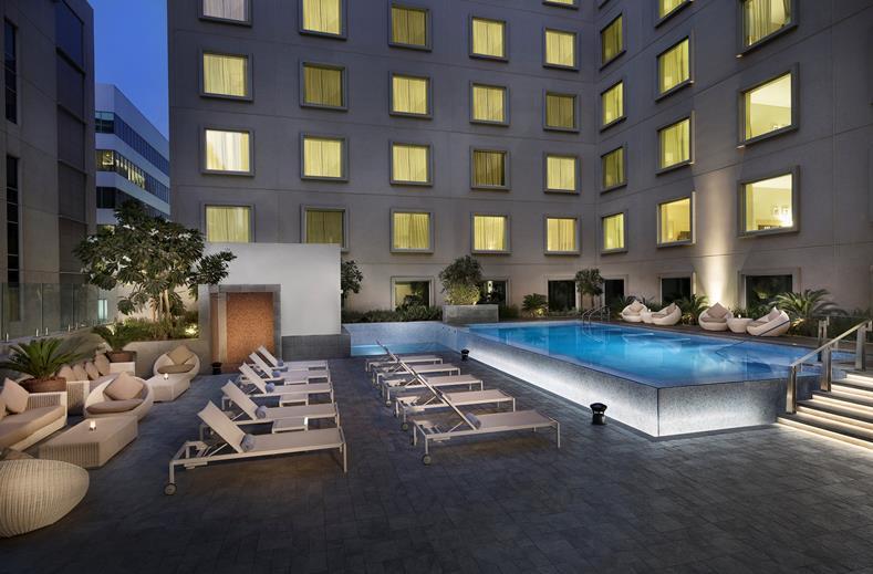 Op naar Dubai | Emirates vluchten & verblijf in 4* Hilton hotel €529,-