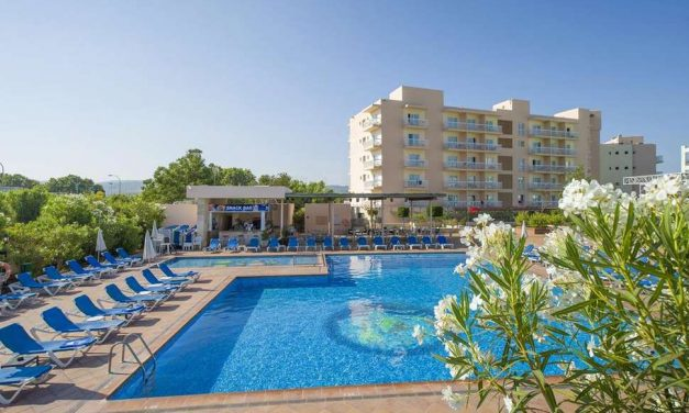 Adults only vakantie @ Ibiza | 8 dagen incl. ontbijt + diner voor €261,-