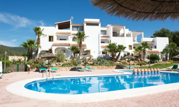 We are going to Ibiza €239,-   9 dagen in mei + extra €50,- korting