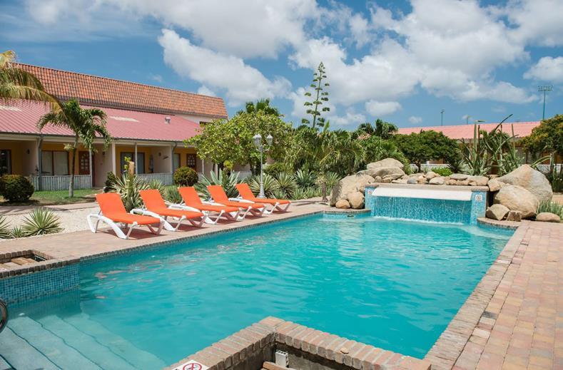Last minute richting Aruba   9-daagse vakantie richting de zon €649,-