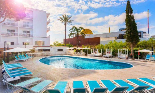 YES! Relaxen op 't prachtige Ibiza   8 dagen in mei incl. ontbijt €274,-