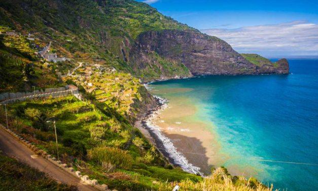 Next stop: Madeira | Vluchten, transfers, 4* hotel & ontbijt €337,-