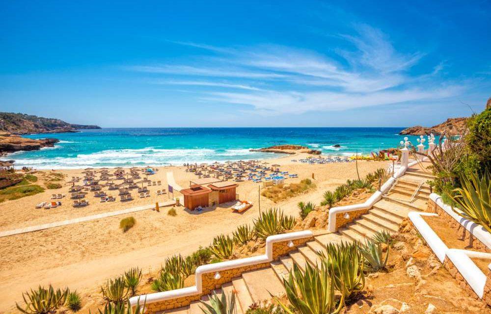WOW! 8 dagen Ibiza voor maar €242,- | Incl. vluchten & verblijf