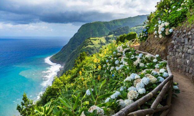 Must book: 8-daagse zomervakantie Azoren | Nu voor €350,- p.p.