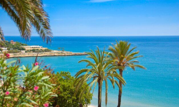Nazomeren aan de zonnige Costa Dorada | Vlucht + verblijf voor €183,-