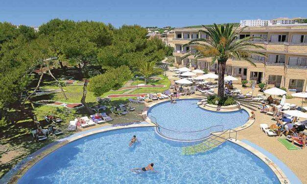 Zomervakantie Menorca incl. ontbijt + diner €529,-   Augustus 2019