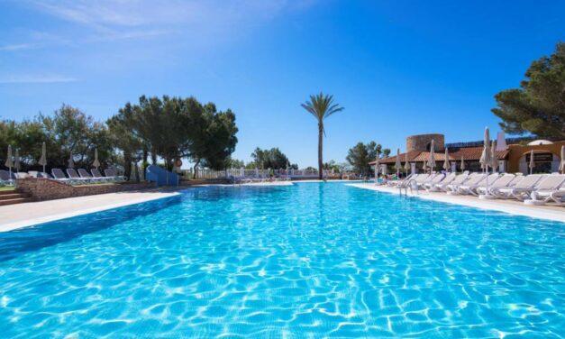 BI-ZAR! Super last minute 4* all inclusive Ibiza deal | Nu €469,- p.p.