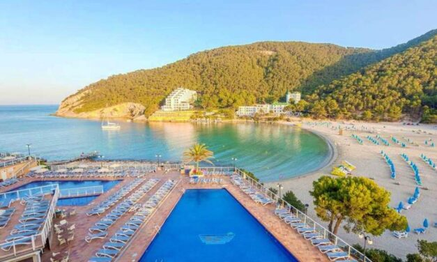 All inclusive Ibiza in oktober €455,- | Luxe resort (8,2/10) op TOP locatie