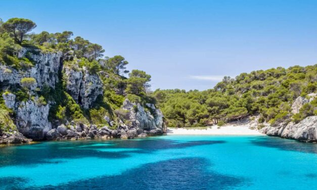 Nazomeren @ Menorca   Vluchten + 8-daags verblijf voor €273,-