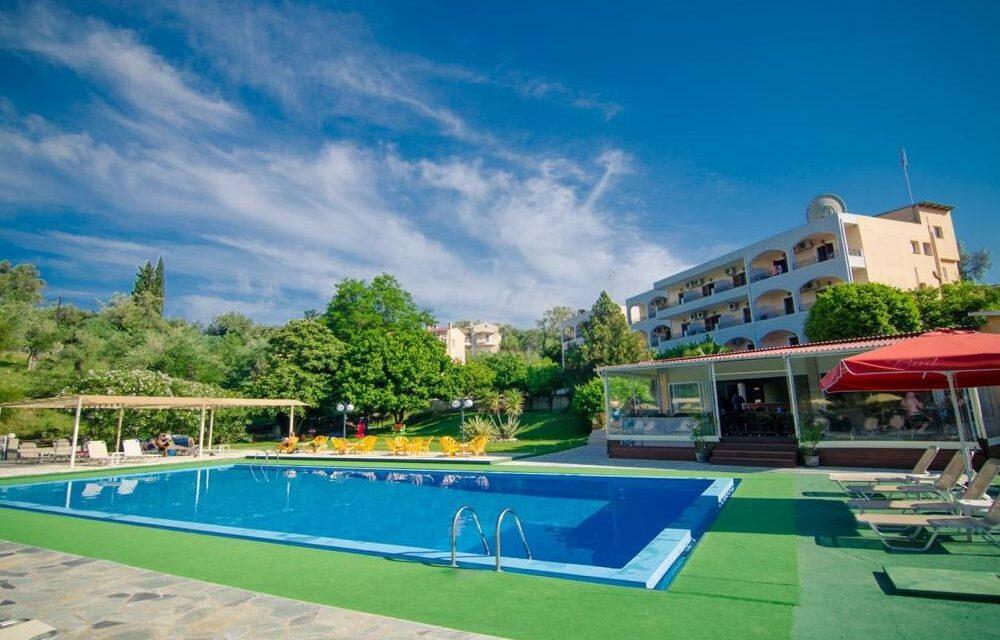 Yes! 8-daagse vakantie naar Corfu   Vluchten + verblijf voor €292,-