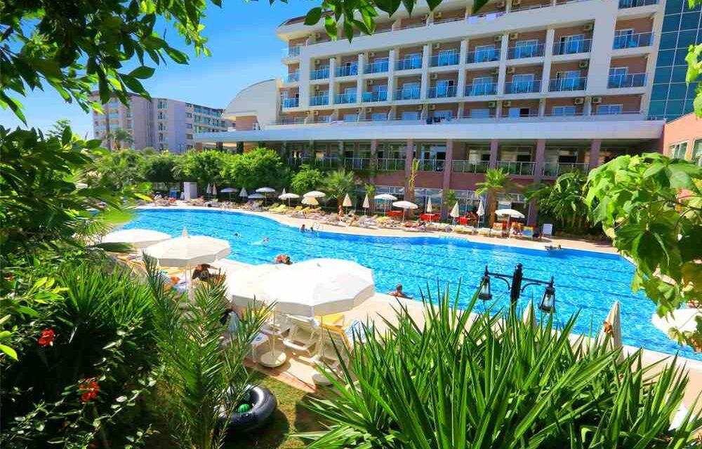 Luxe all inclusive @ Turkije | Verblijf in 5* resort met privéstrand €314,-