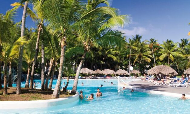 4* RIU Naiboa Dominicaanse Republiek   All inclusive €799,- in april 2020