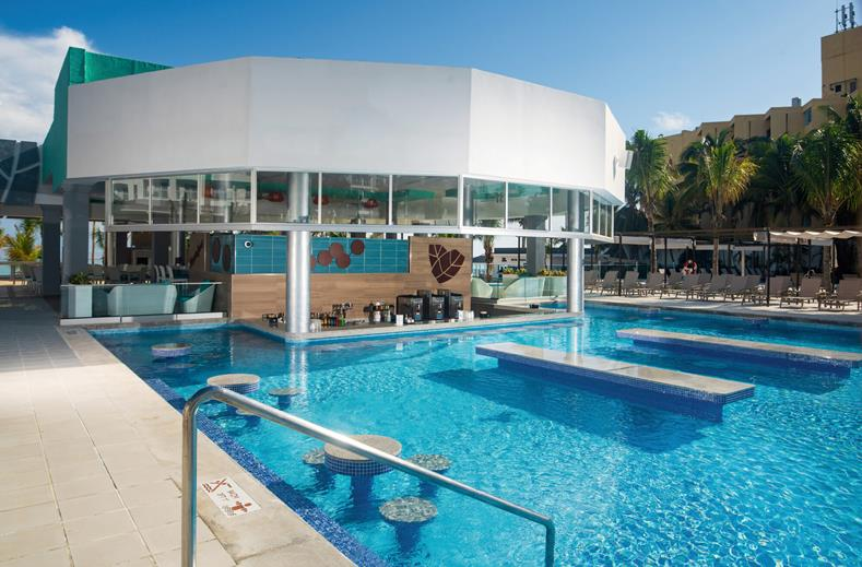 Super-de-luxe all inclusive Jamaica voor €989,- | 5* RIU Ocho Rios