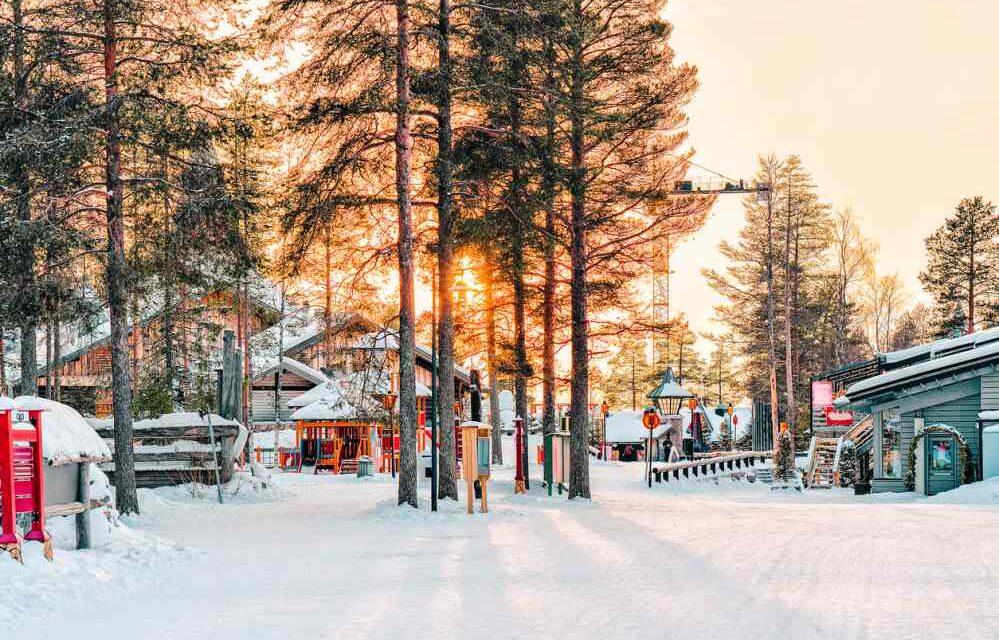 UNIEK: Santa Claus Village @ Fins Lapland | Retourticket nu €97,-