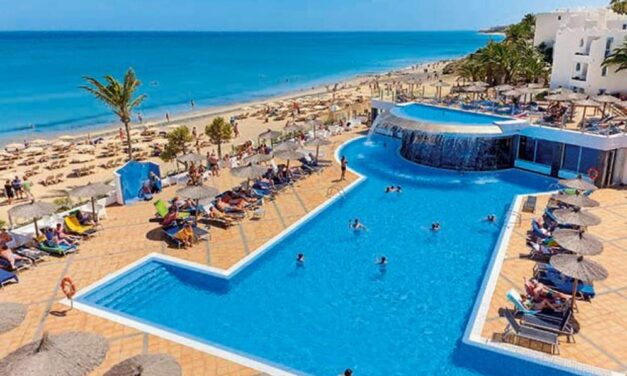 4* all inclusive Fuerteventura €400,- | Luxe hotel direct aan het strand