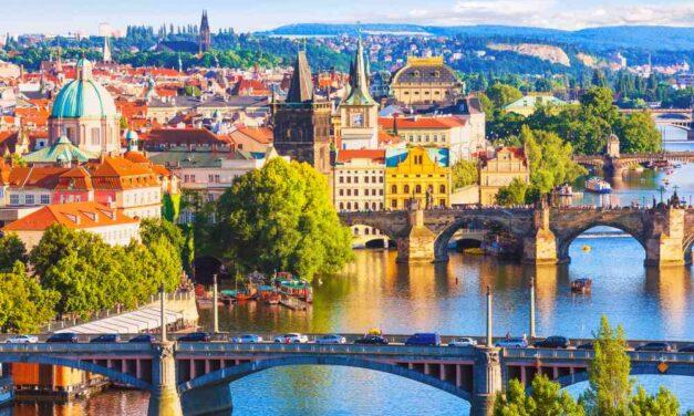 Last minute stedentrip naar Praag! | 3 dagen op top locatie nu €142,-