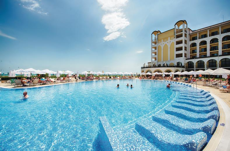 Next stop: Bulgarije | All inclusive 4* RIU hotel in augustus nu €555,-
