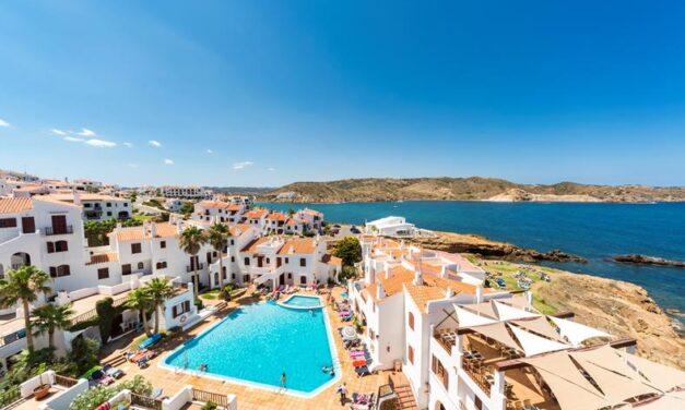 Menorca mét huurauto €347,- per persoon   8 dagen in mei 2020